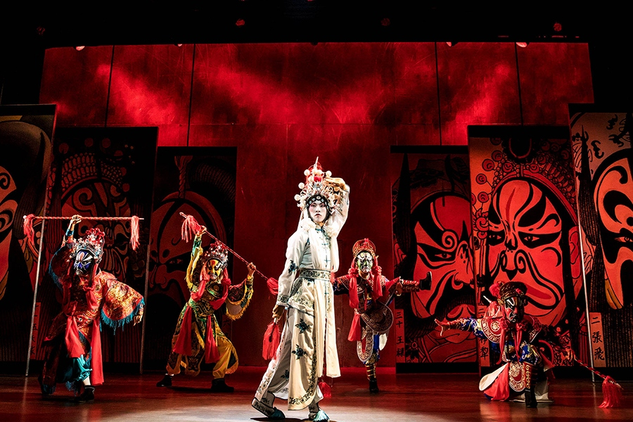 m._Butterfly_Broadway_Production_Photos_0463_Jin-Ha-and-Company-in-M.-BUTTERFLY-Photo-by-Matthew-Murphy-2017_HR_web